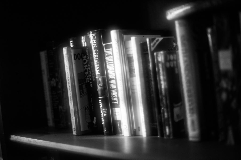 bOOKS_DSC8554-1