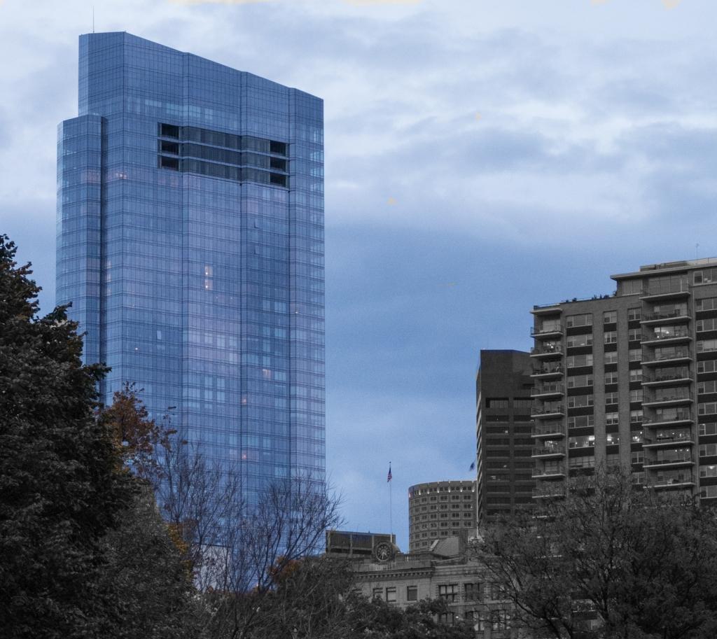 blue-building-3-l1003486-1